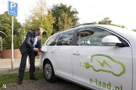 e laad Gemeenten krijgen gratis oplaadpunten elektrisch vervoer