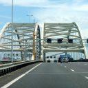 De van Brienenoordbrug in Rotterdam. Bron: Wikimedia