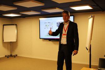 Namens de Verkeersonderneming houdt Gerard Eijkelenboom een lezing tijdens de academy over effectief datagebruik FOTO Jasper Rodenhuis