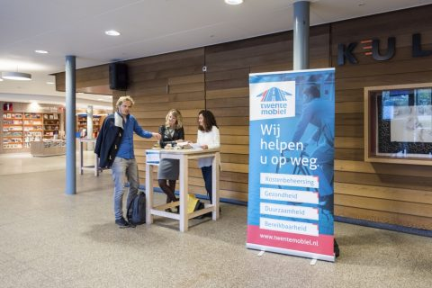 Twente Mobiel adviseert werkgevers en werknemers over alternatieve manieren van reizen. FOTO Twente Mobiel/Cynthia Fotografie
