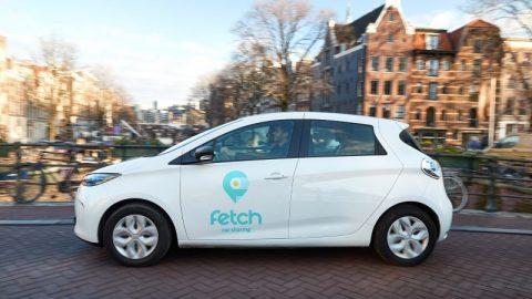 De nieuwe deel-Renaults in Amsterdam. FOTO Fetch/Pim Hendriksen