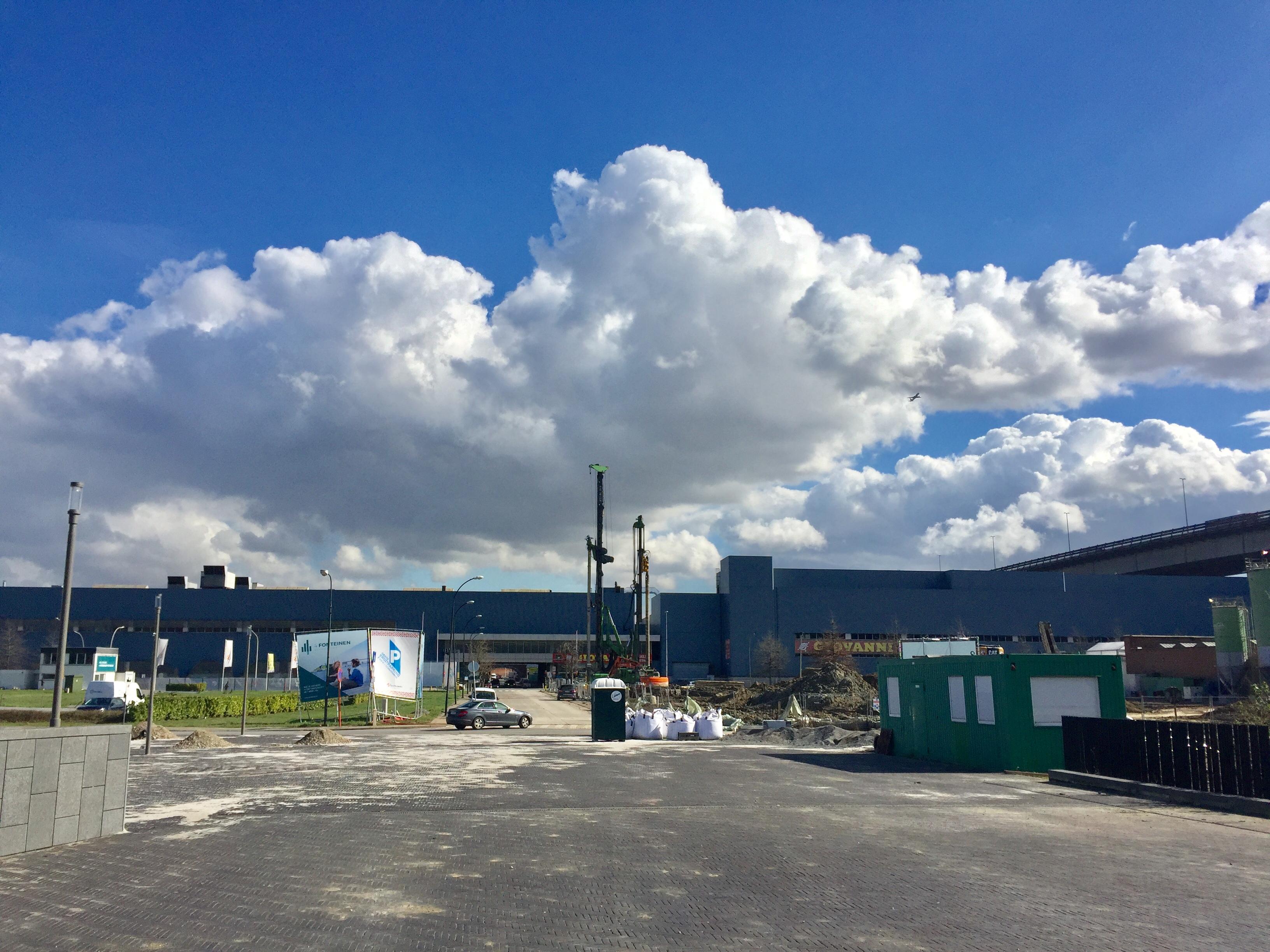 Blik op de Renaultfabriek in Vilvoorde FOTO VerkeersNet