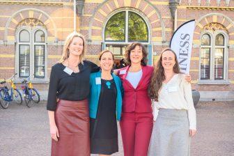Van links naar rechts: Chretienne Hoek, Ananda Groag, Monique Verhoef en Monique Monster. FOTO [W]heels