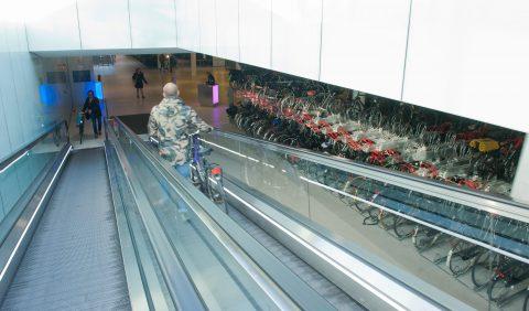 Fietsgarage Mahlerplein Amsterdam BEELD Vervoerregio Amsterdam
