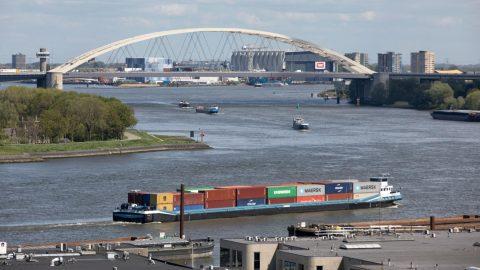 Van Brienenoordbrug foto Gemeente Rotterdam/Eric Fecken