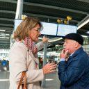 Campagnebeeld GOED omgaan met dementie in het openbaar vervoer BEELD Samen Dementievriendelijk