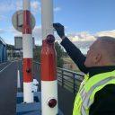 Plaatsing brugsensor BEELD Rijkswaterstaat