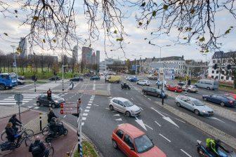 Den Haag spits kruising verkeerslichten BEELD IenW, Tineke Dijkstra Fotografie