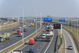 Snelweg A15 bij Rotterdam Zuid BEELD IenW, Tineke Dijkstra Fotografie