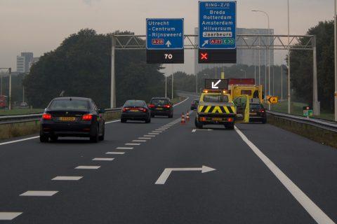 Berging A27, rood kruis, Rijkswaterstaat (Beeld: Rijkswaterstaat/ Jeroen Mies via beeldbank.rws.nl)
