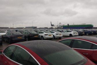 Tesla S uitgifte in Amsterdam BEELD Automobiel Management