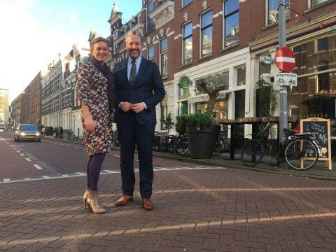 Miriam Hoekstra-Van der Deen en David van Keulen. Foto van voor de coronacrisis BEELD VerkeersNet
