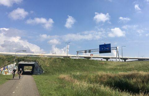 Fiets Rotterdam Snelweg BEELD VerkeersNet