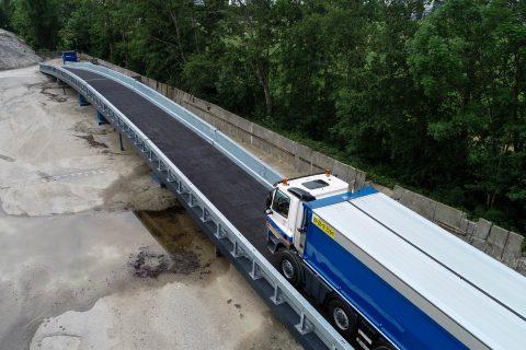 Hulpbrug vermindert hinder bij wegwerkzaamheden BEELD KWS