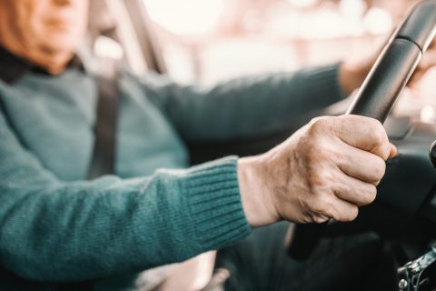Chauffeur, bestuurder. Foto: iStock / Dusan Petkovic