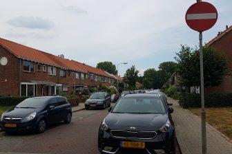 Parkeren in woonwijk Arnhem1