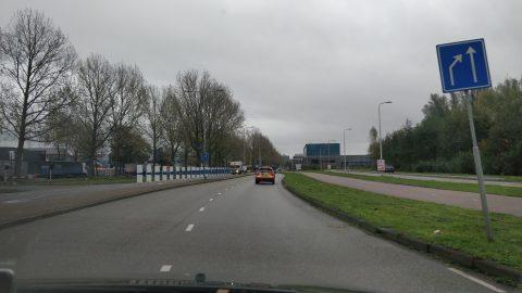 Optische illusie om weg minder breed te laten lijken (bron: Goedopweg)