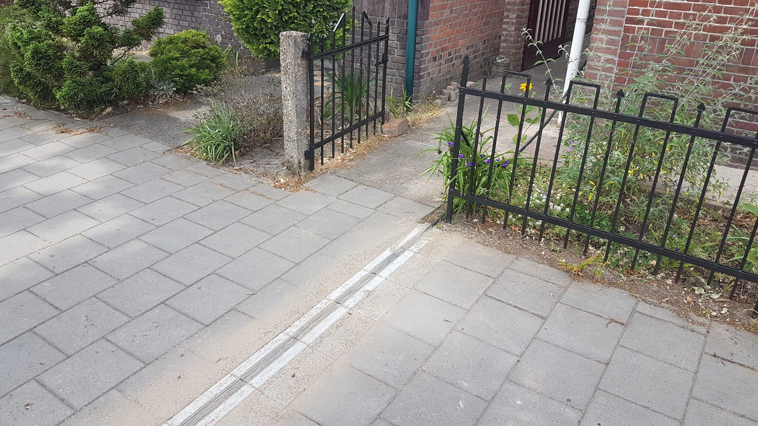 EV-kabelgoottegel-laadpuntzijde (foto: Struyk)