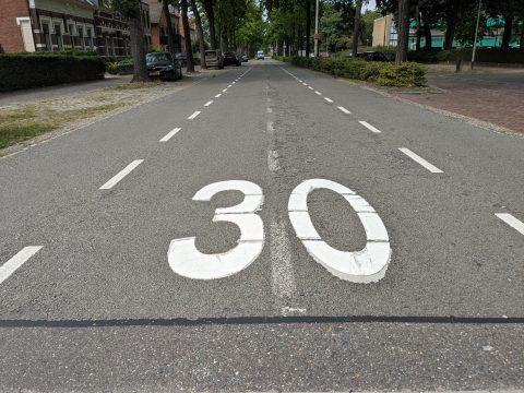 30 km/u op straat