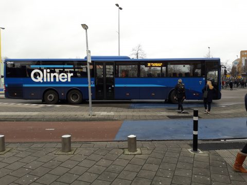 Qliner bus op Groningen